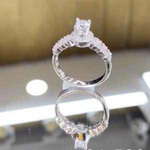 nhẫn kim cương 7