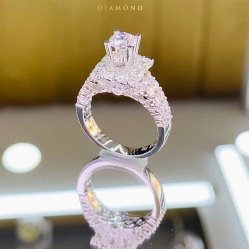 nhẫn kim cương 55tr8