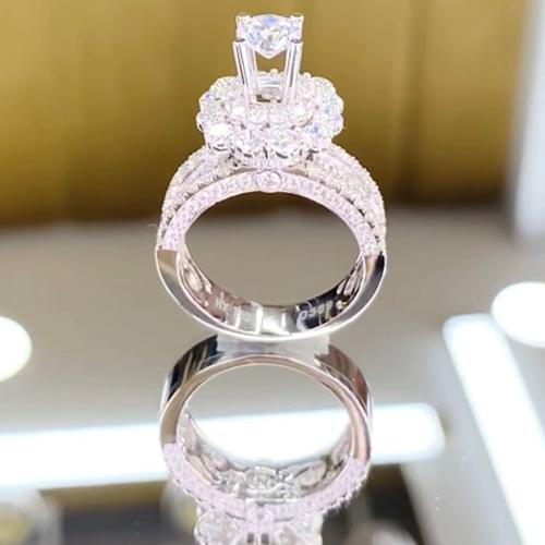 nhẫn kim cương 83tr8