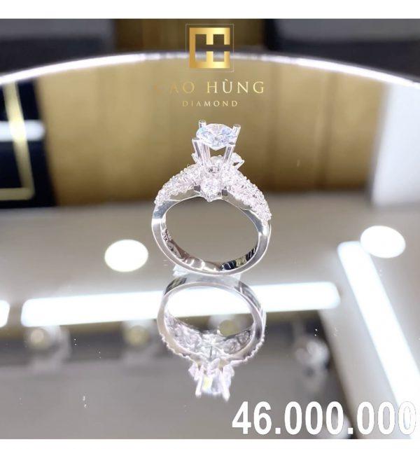 nhẫn kim cương xoàn 46